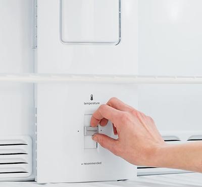 Frigidaire 18 Cu. Ft. Top Freezer Refrigerator - FFTR1821QW