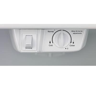 Frigidaire 18 Cu. Ft. Top Freezer Refrigerator - FFTR1821QS